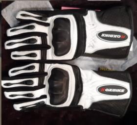 Gloves 1647