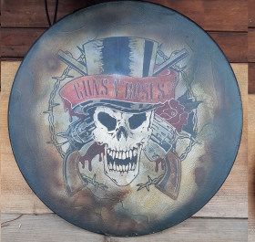 Guns and roses wandbbord
