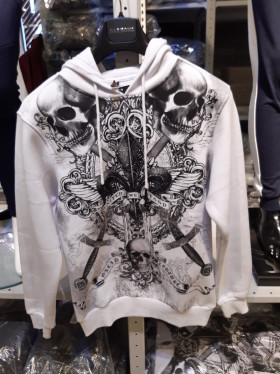 Skull hooded sweater