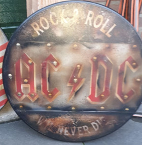 ac/dc airbrushed bord